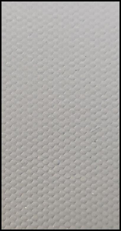 POLYESTER umělé plátno je levnější varianta s gramáží 260g/m2. Polyester nemá tak velkou odolnost proti UV záření a mechanickému poškození. Barevné podání je samozřejmě jak u CANVASU na vysoké úrovni.